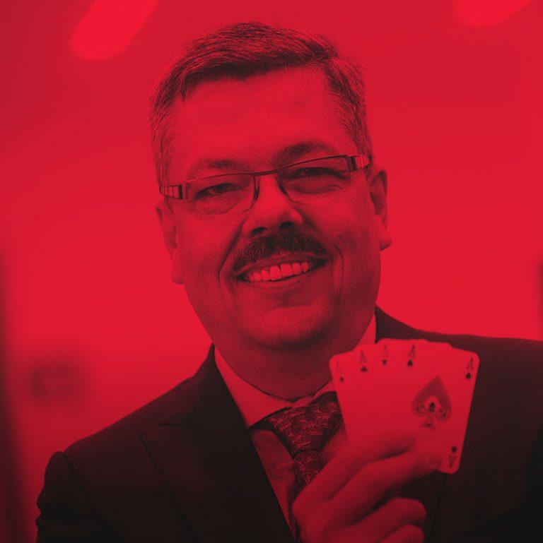 Profielfoto Chris Van Doorslaer CEO Cartamundi groep
